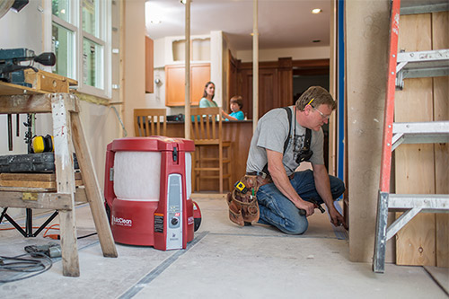 contractor with buildclean dust control system